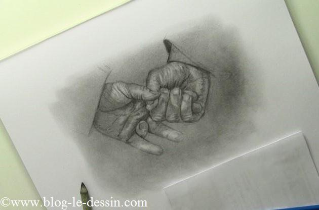 crayon-mains-réalistes