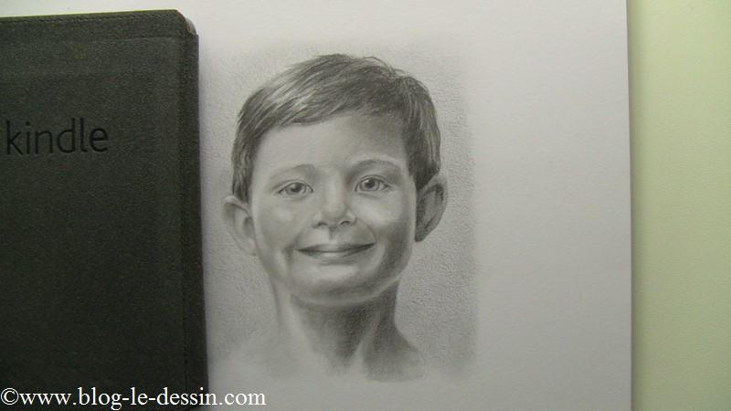De manière générale, si vous avez un gris plus sombre que votre dessin, celui-ci paraîtra également plus terne.